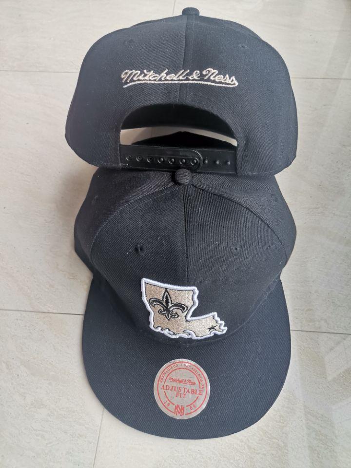 Saints Team Logo Black Mitchell & Ness Adjustable Hat LT