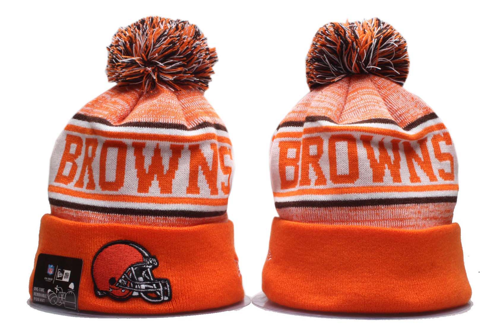 Browns Team Logo Orange Wordmark Cuffed Pom Knit Hat YP