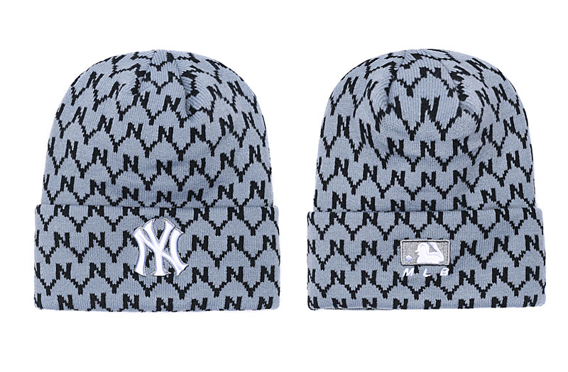 Yankees Team Logo Gray Pom Knit Hat SG