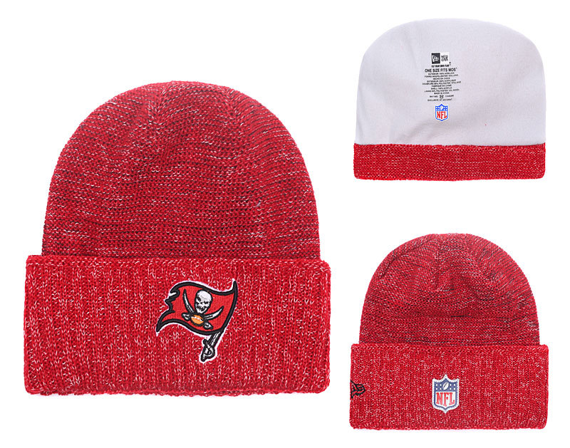Buccaners Fresh Logo Red With Pom Knit Hat YD
