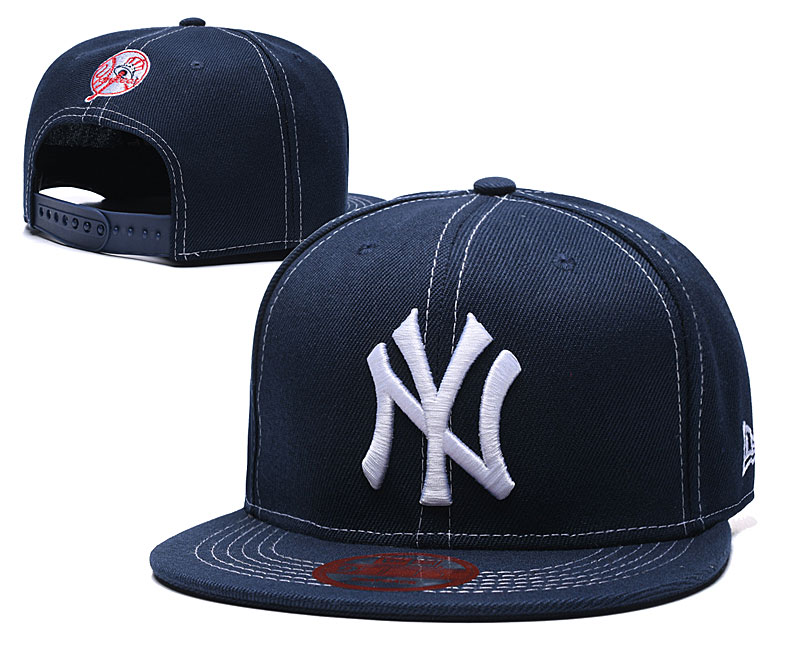 Yankees Team Logo Navy Adjustable Hat LT