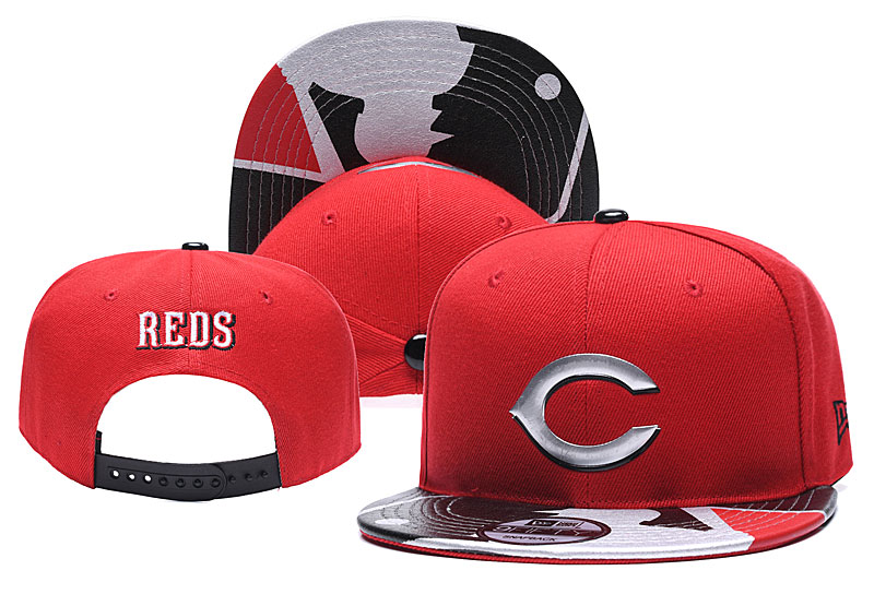 Reds Team Logo Red Adjustable Hat YD