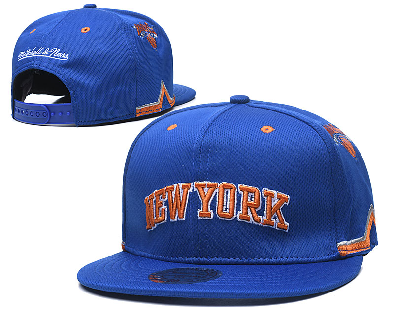 Knicks Team Logo Royal Mitchell & Ness Adjustable Hat TX