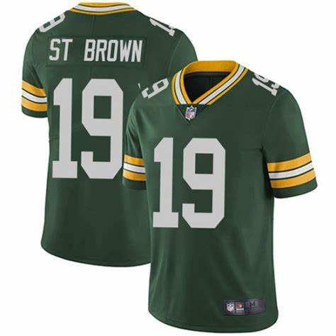 Nike Packers 19 Equanimeous St. Brown Green Vapor Untouchable Limited Jersey