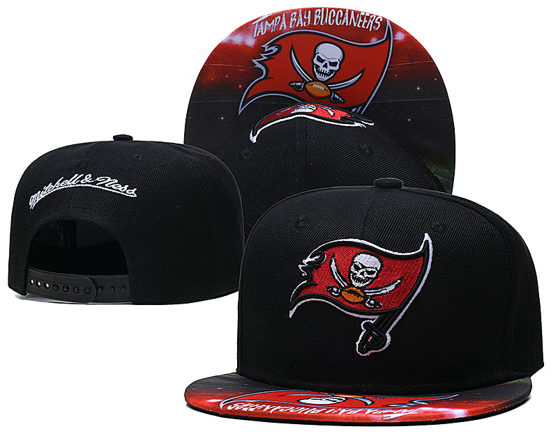 Buccaneers Team Logo Black Mitchell & Ness Adjustable Hat LH