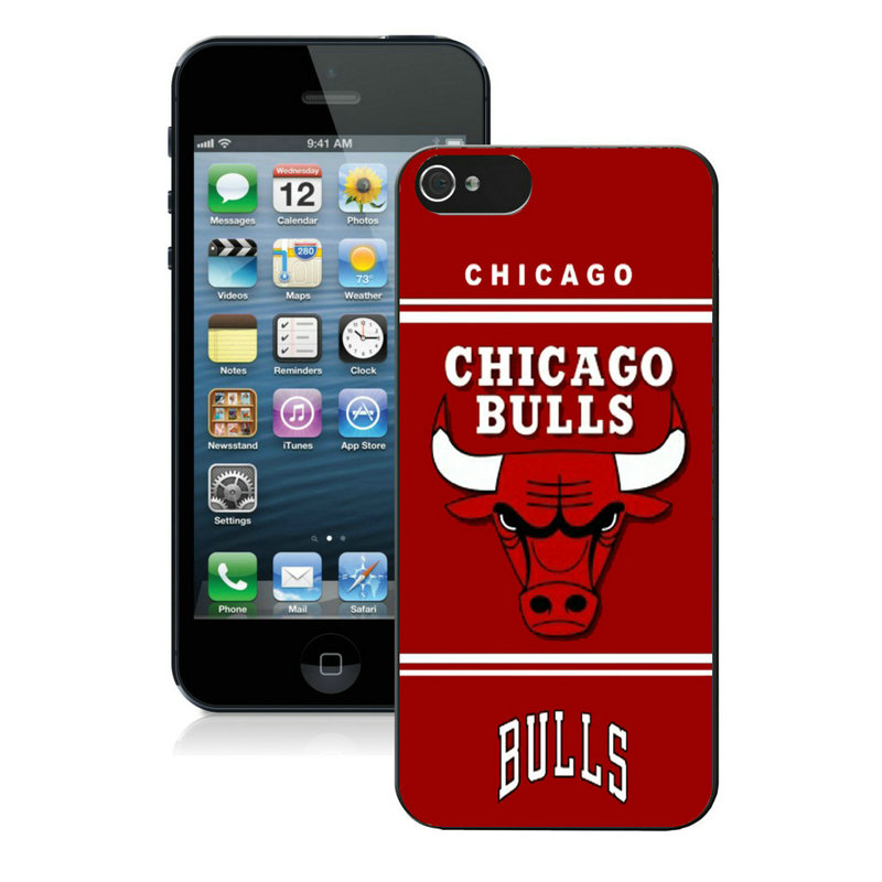 Chicago Bulls-iPhone-5-Case-01